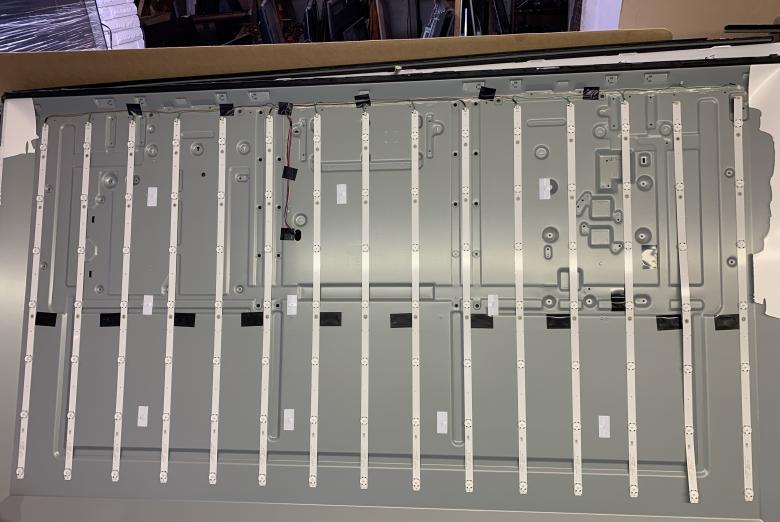 Sony XBR-70X830F LED Strip Set (15) SVA700A17_17mm_7LED_Rev01
